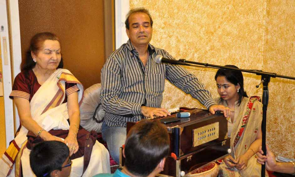 Music Classes by Suresh Wadekar Ji