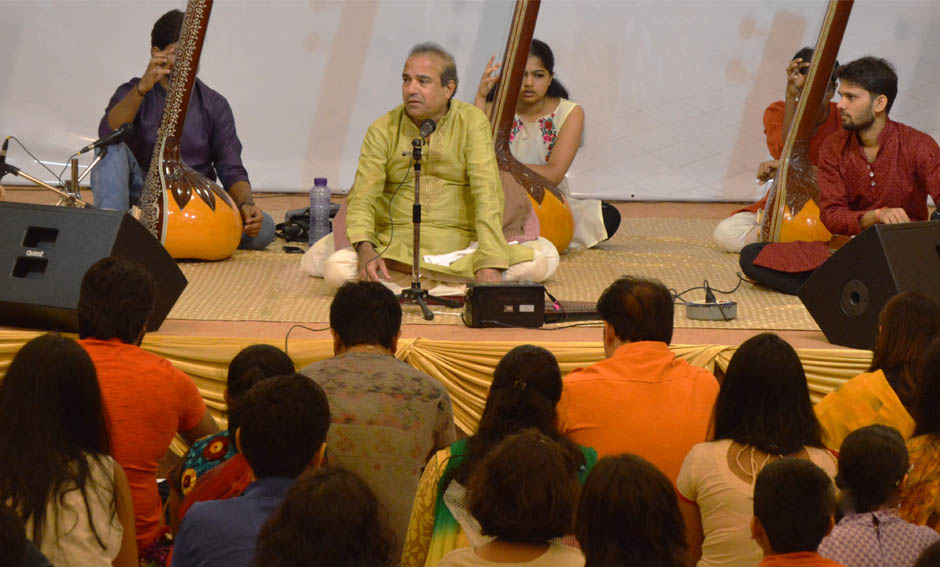 Music Classes to all by Suresh Wadekar Ji